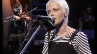 Dolores O'riordan & Cranberries - No need to argue, Dreaming my dreams