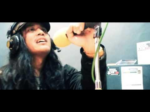 ROCK RADIO LIVE - On Air Room [Karya Ghaisa Amalia Tugas UAS]