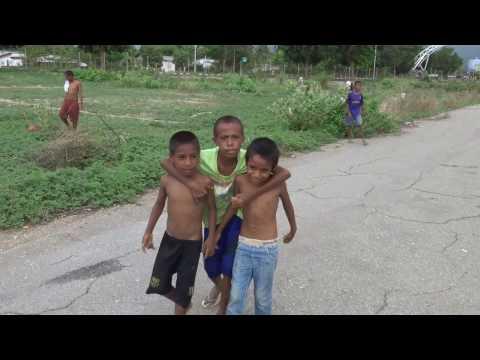 Kids, Dili, East Timor - Travel Extra