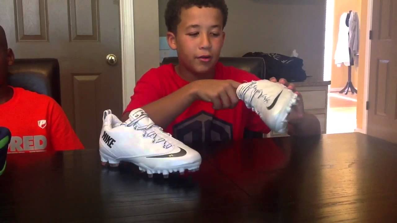 Kiks4Days Nike Football Cleat Field Test 2013 - YouTube 449da8f97