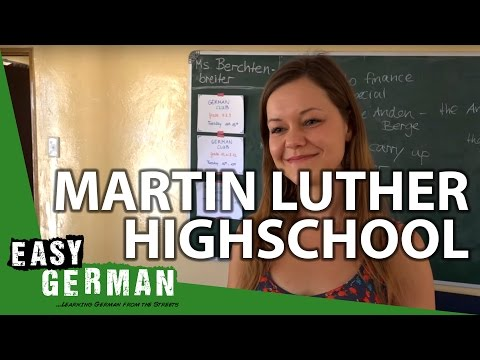 Visiting Martin Luther Highschool in Namibia | Easy German 131