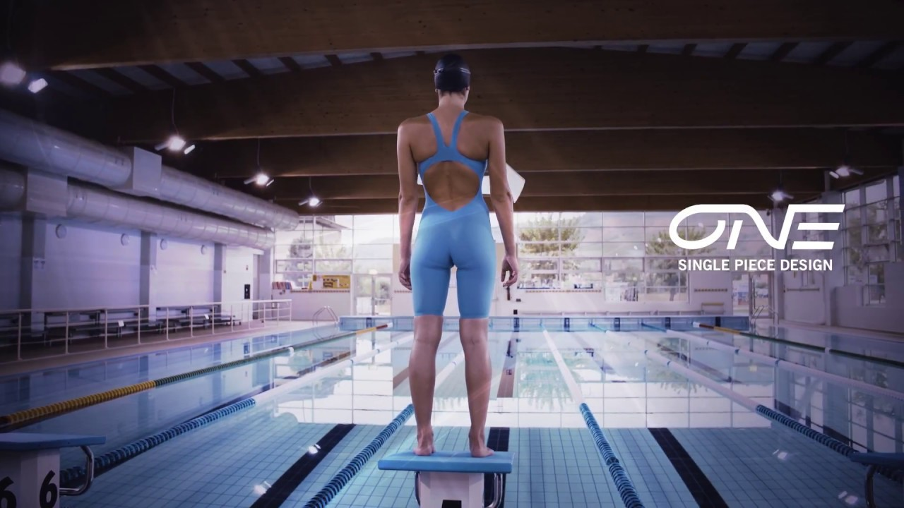 4c9974502dc9d arena - Competition Swimwear, Swimsuits & Gear