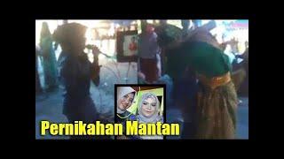 Download Video Video Heboh Nyanyi di Pernikahan Mantan Mempelai Pria Langsung Memeluk Hingga Pingsan MP3 3GP MP4