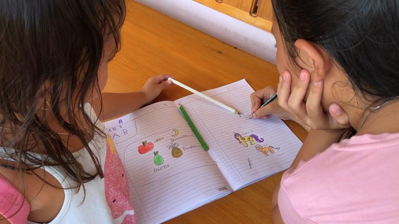 Shinta Dan Shanti Belajar Mengambar Dan Mewarnai Buah Dan Hewan