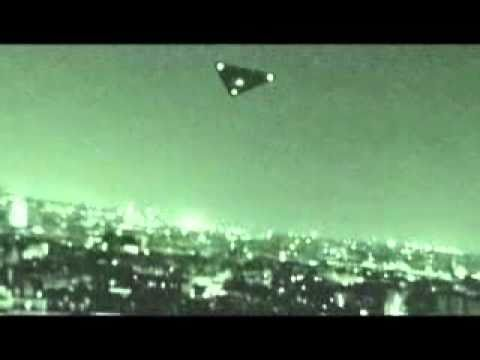 UFO Sighting over Paris, France or TR-3B Aurora Project in Night Vision.