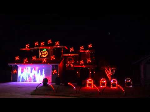 Deuce - Watch: Chop Suey Light Display