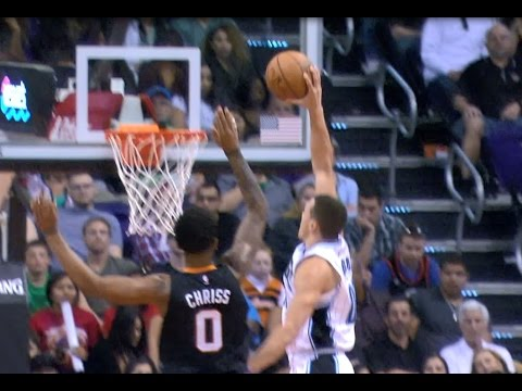 Top 10 NBA Plays of the Night: March 17, 2017