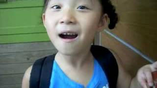 6 yr. old korean girl singing love is noise by the verve