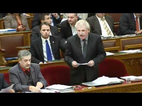 Dr. Fónagy János Államtitkár Úr Parlamenti Válasza: M44-es út Kivitelezése