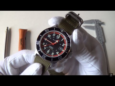 Glycine Combat Sub Automatic Review - The Best Dive Watch Around $1000? +Brand Overview 386319ATND9