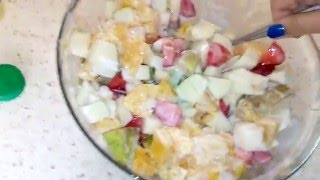Готовим фруктовый салат 😜😜😜😸💚💛💜
