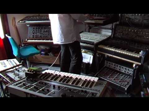 CONTROL (NightBirds in live in his electronic studio... Suite) 2012