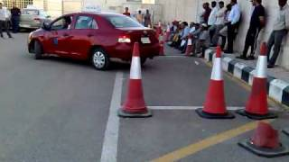 how to parking/ تعليم إيقاف السيارة