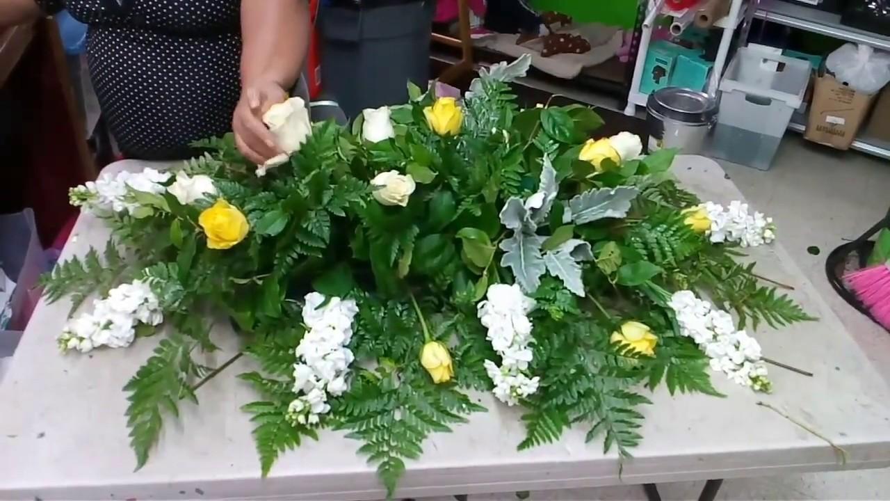 Como hacer una casket cover. - YouTube