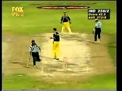Sachin Tendulkar 134 Vs Australia 1998 Sharjah Final - YouTube.flv