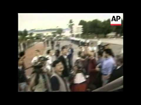 PHILIPPINES: FREED HOSTAGES: DEPARTURE