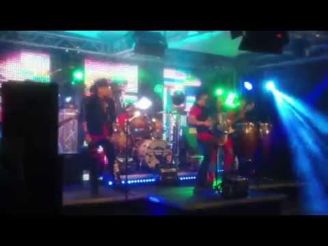 Grupo Siggno - Enamorados (El Show de Johnny y Nora Canales Behind the Scenes)