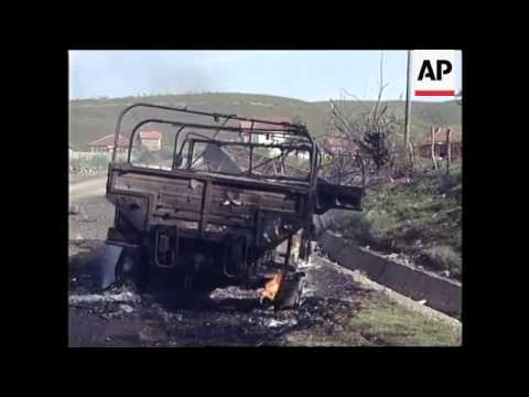 YUGOSLAVIA: KOSOVO: CONVOY HIT BY NATO ATTACK
