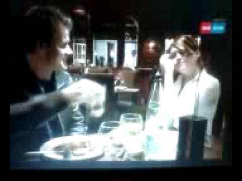 """Gordon Ramsay assaggia il cibo del """"Moore Place"""""""