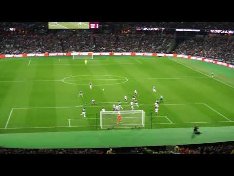 West Ham United v. Boltan Wanderers   19.09.17   Carabao Cup