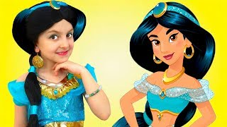 Super Elsa Transforms into Princess Jasmine