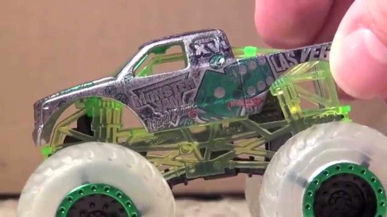 Hot Wheels Monster Jam Xvi 16 Commemorative Truck 2015 Review Rare Unique Youtube