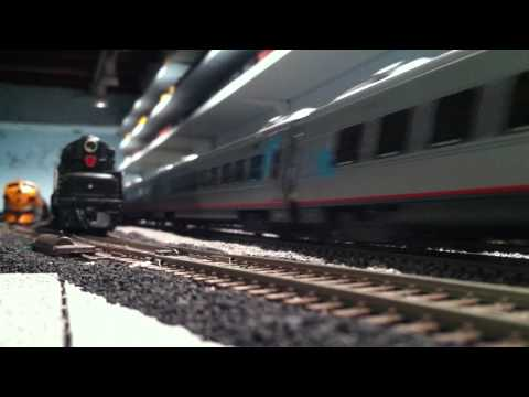 Amtrak Acela Express Delivery HO Scale