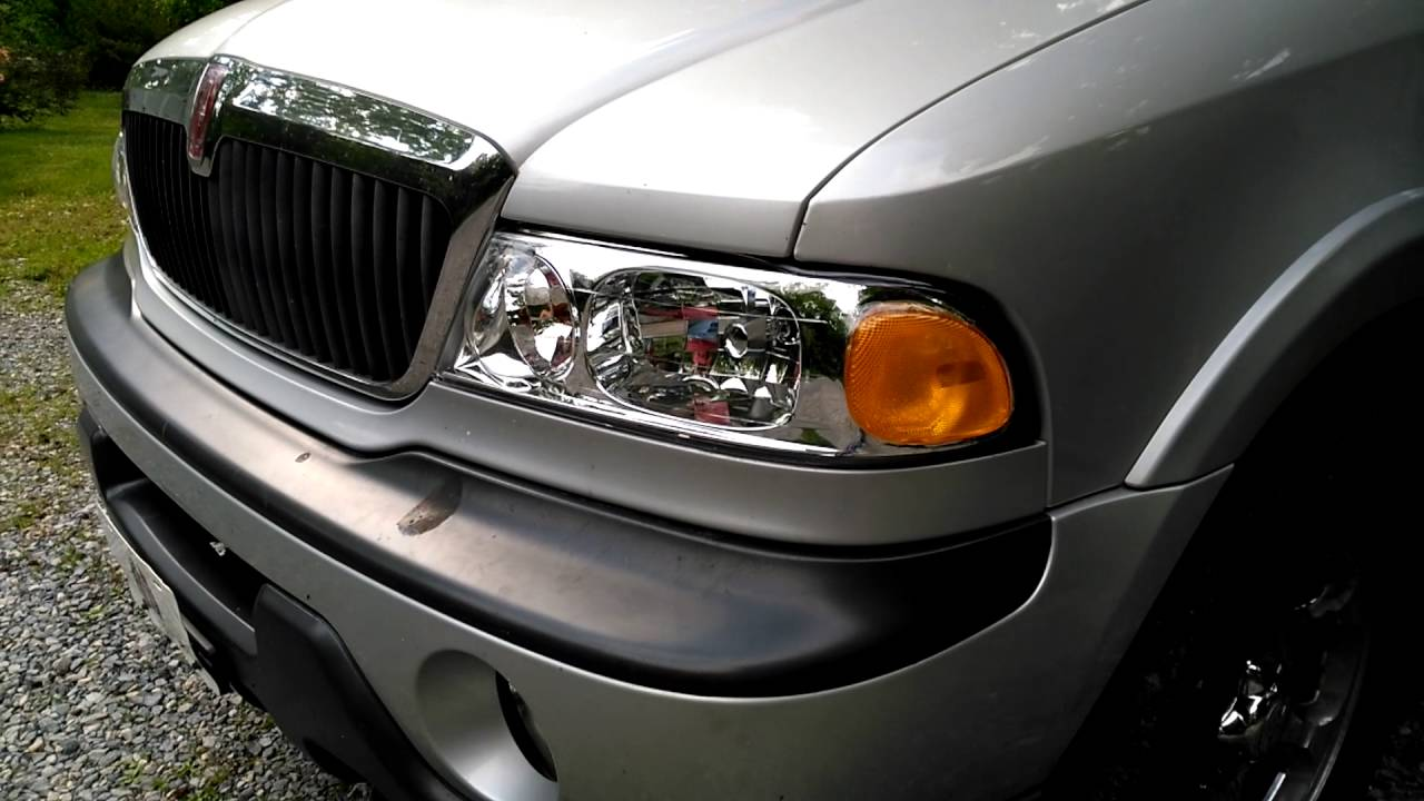 1998 Lincoln Navigator New Headlights