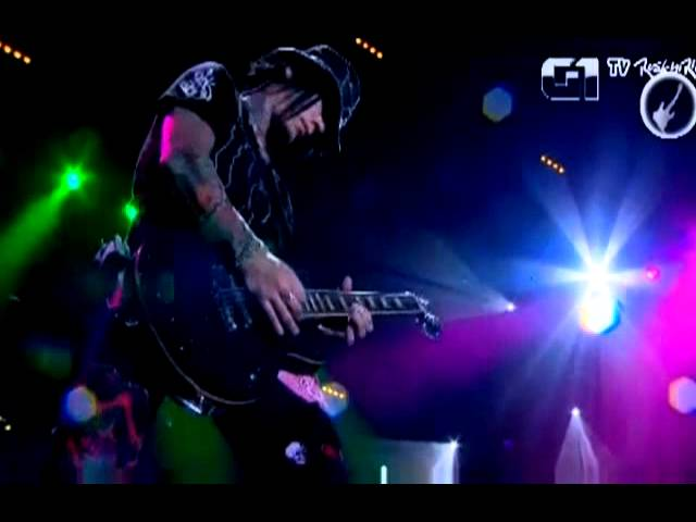 Solo guitarra de DJ Ashba- Guns n Roses - Rock In Rio 2011 Travel Video