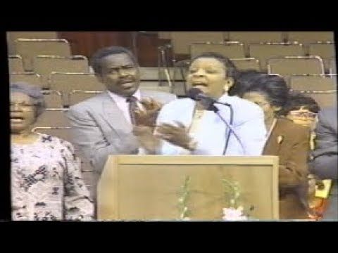 Evangelist Frances Kelley Old School COGIC 1998!