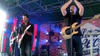 Finger Lick -  Evil Girl Evil Boy (Outro, Live at Bruxelles-les-Bains 24 July 2015)