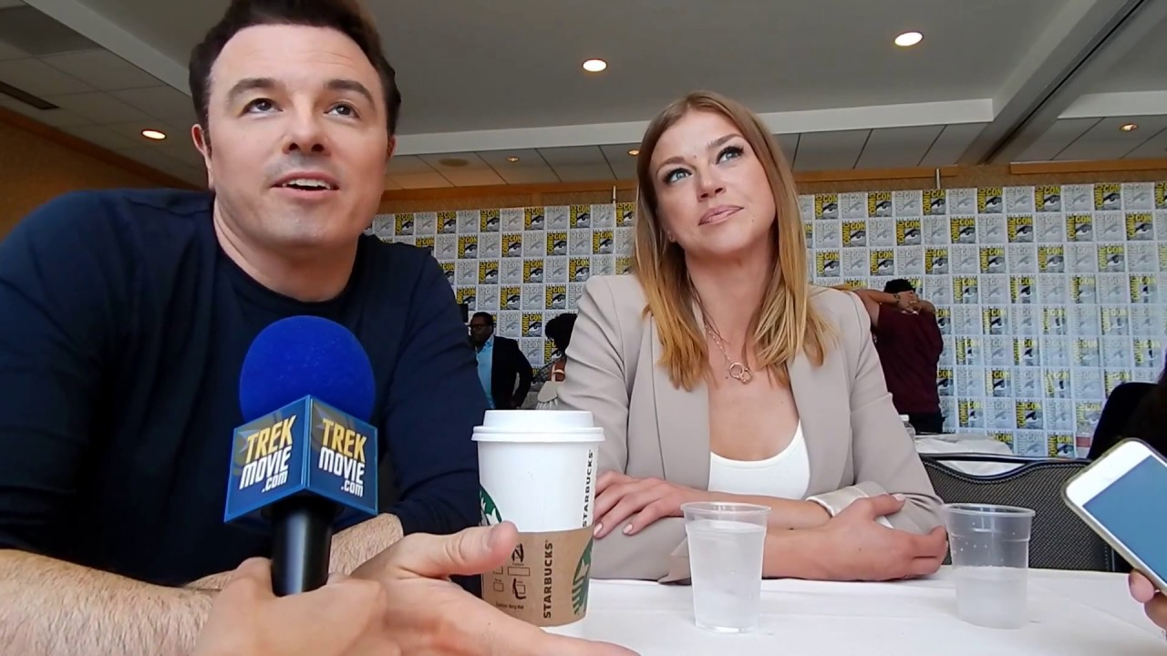 Download Seth MacFarlane (Creator), Adrianne Palicki (Kelly Grayson) discuss The Orville at SDCC '17