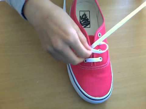 Comment faire de 2 façons original ses lacets de VANS - YouTube