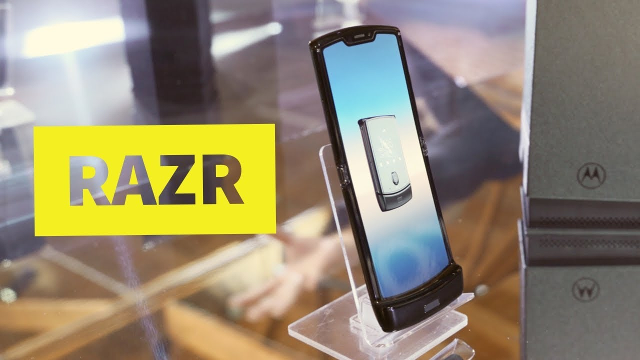 The Motorola Razr Is Back, but This Time It Has a Foldable Screen
