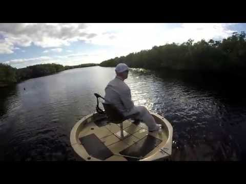 Roundabout Watercraft with Livewell