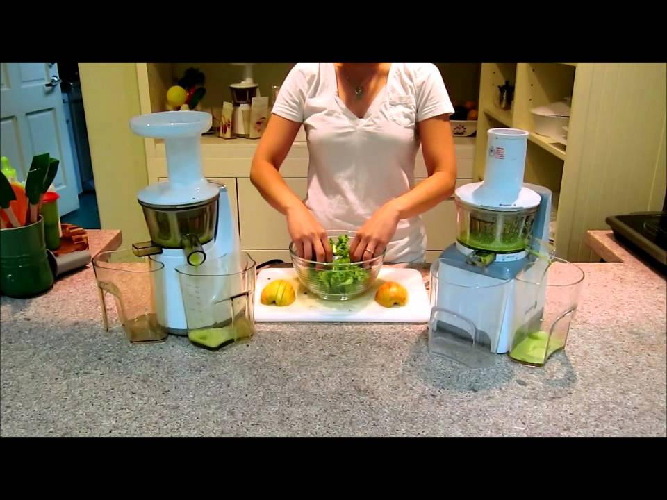 Slow Juicer Vs Juicer : Fagor Slow Juicer vs Hurom Slow Juicer Comparison, Kale & Apple - YouTube