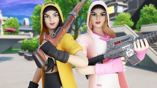 SQUADS FT. BH Fato, FurkanYT! // Use Code: Prxsent // Fortnite Battle Royale (NL)