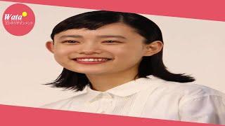 女優の杉咲花(20)が、俳優小栗旬(35)とのツーショット写真を公...
