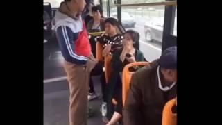 Встал прямо в автобусе