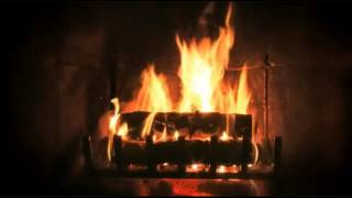 Ambient Fireplace with Jazz & Classical Christmas Music Favorites (2 hrs)