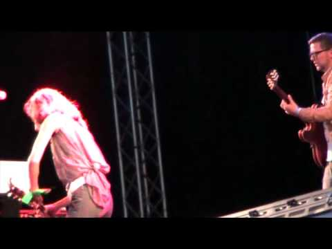 Laleh - Call On Me (Live Götaplatsen 2009)