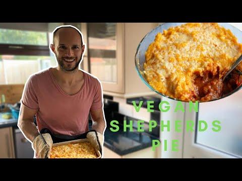 how-to-make-vegan-shepherd's-pie-|-healthy-recipe-💚
