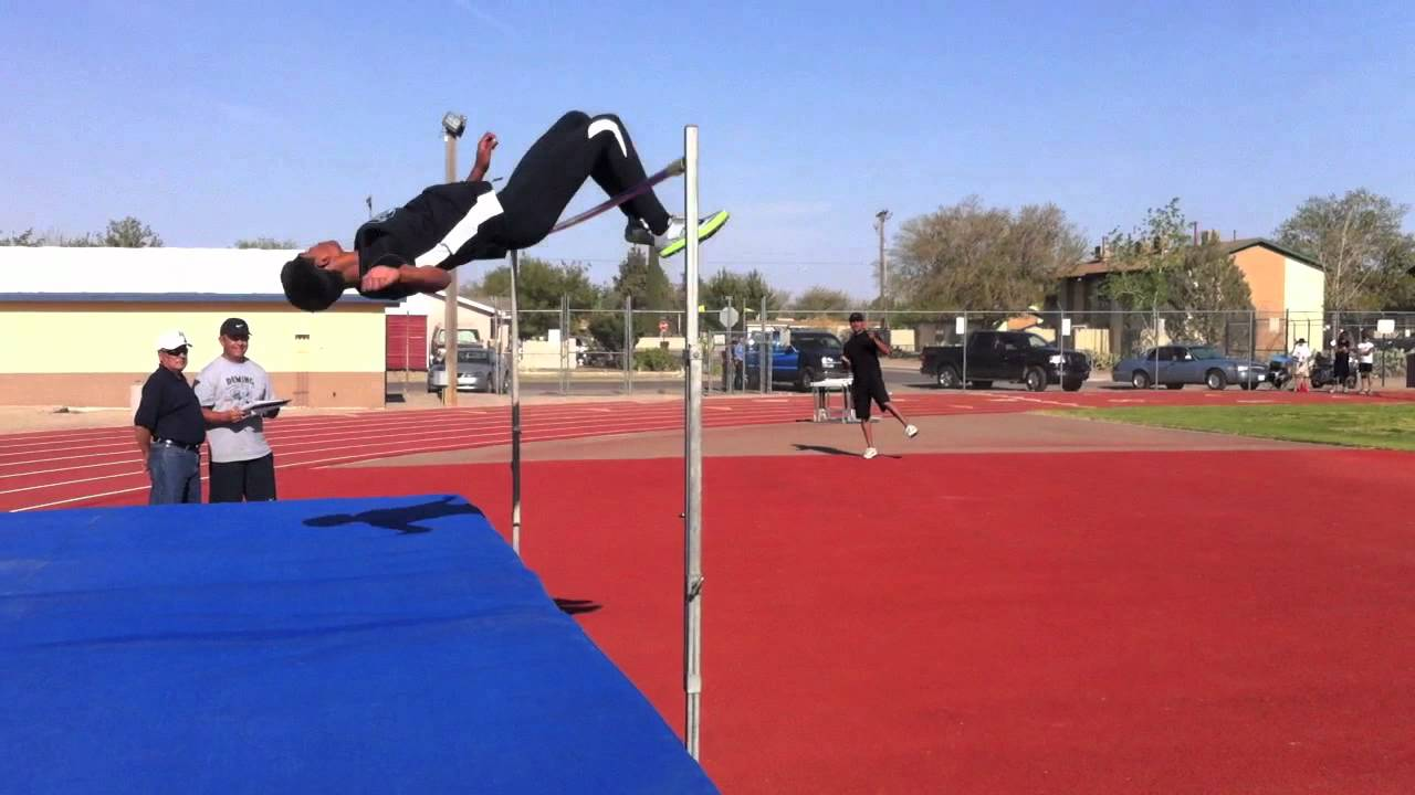 Carlos Hernandez High Jump 2011 - YouTube