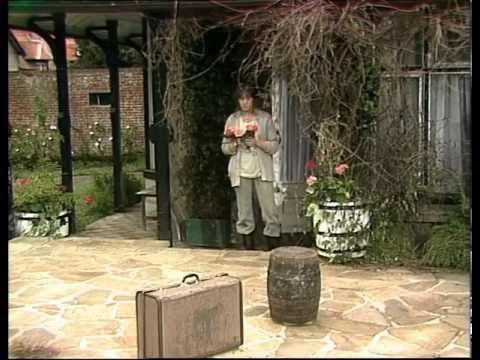 The Norman Conquests: Round and Round the Garden (Herbert Wise, 1977)