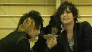 Girugamesh - Satoshi vs Ryo