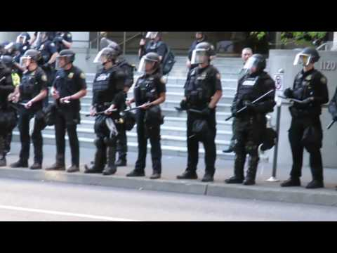protesters take street back riot cops retreat