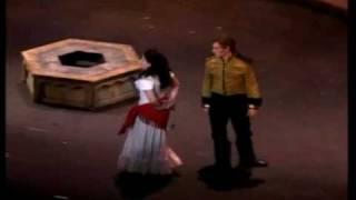 Kallen Esperian sings Segudilla from Carmen