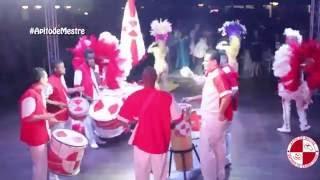 Show escola de samba no clube Jundiaiense com empresa Smill Produções e Apito de Mestre