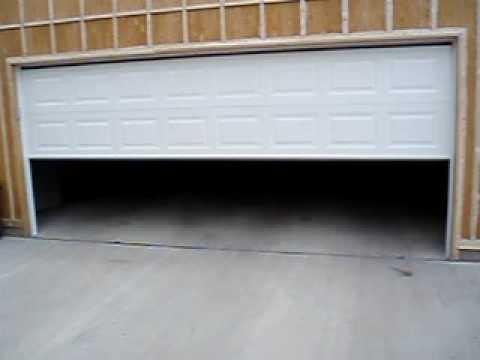 Garage Door Closing Youtube