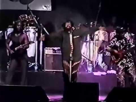 Lucky Dube em Feira de Santana Show Completo